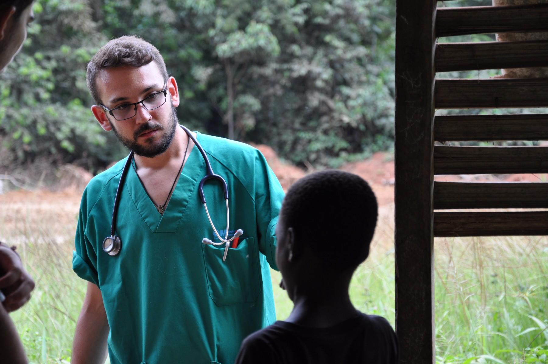 médicos en camerun